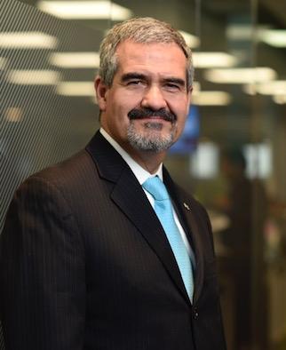 Juan Alberto Velez A.